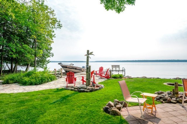 071 26 fire rte 103 bobcaygeon ON views - WATERFRONT ~ 4 SEASON COTTAGE FOR SALE ON PIGEON LAKE