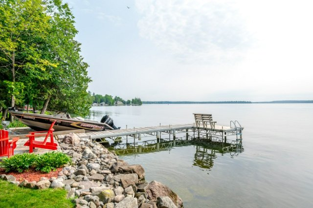 074 26 fire rte 103 bobcaygeon ON shore dock - WATERFRONT ~ 4 SEASON COTTAGE FOR SALE ON PIGEON LAKE