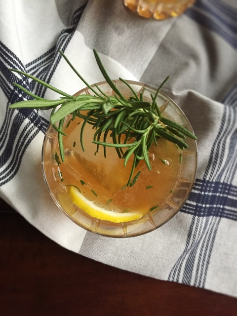 Rosemary Maple Bourbon Sour from readytoyumble.com