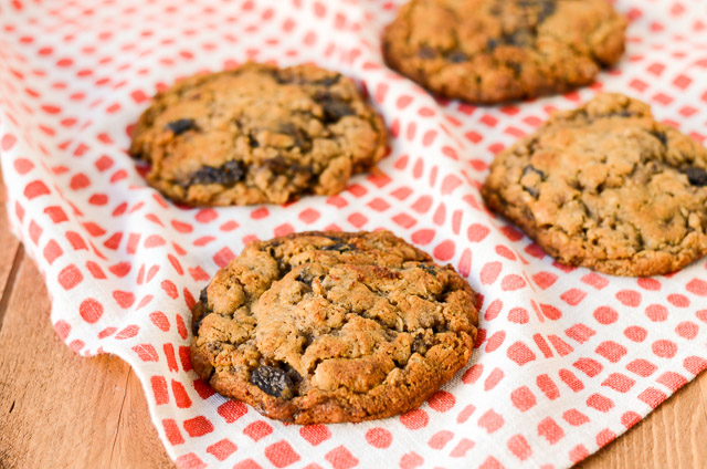 Sadelle's Oatmeal Raisin Cookies