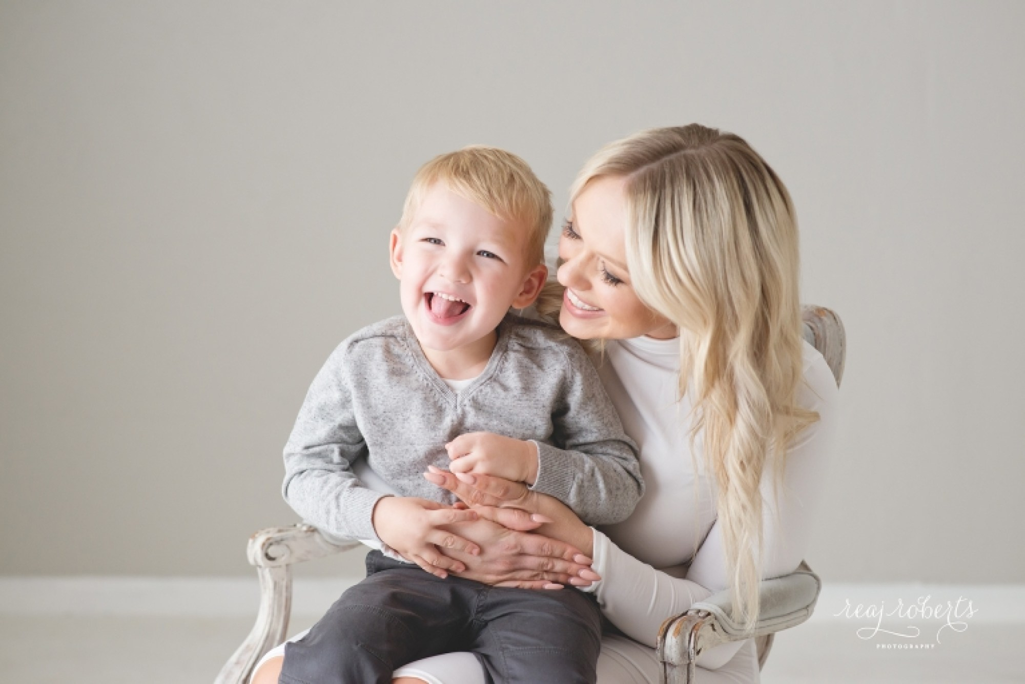 Mommy and Me Portraits | Reaj Roberts Photography