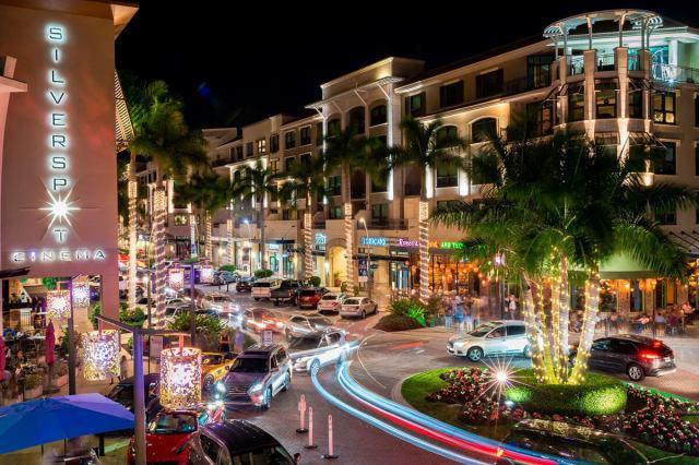 Mercato Shopping in Naples Florida