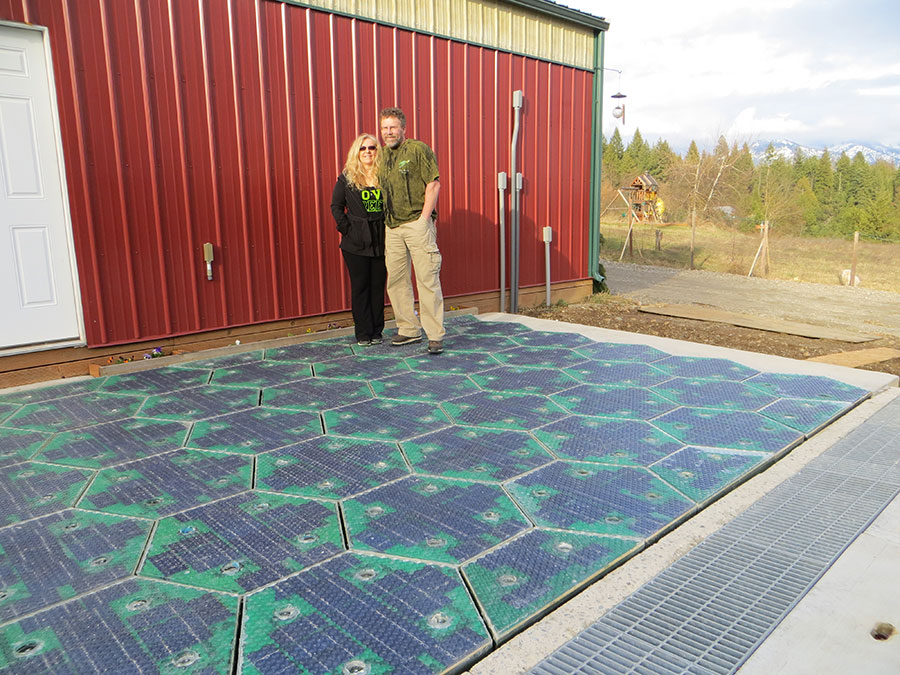 Scott and Julie Brusaw with their modular, glass solar panels.