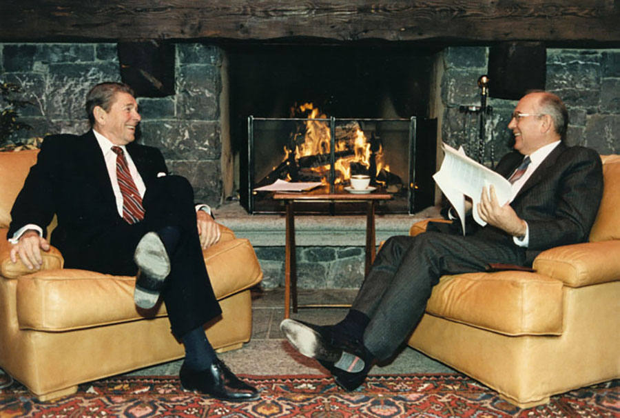 Reagan_and_Gorbachev president