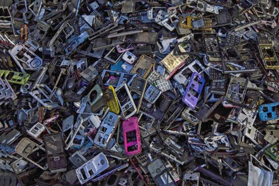 Repair, Refurbish, Reuse: Call to Arms For Electronics Giants