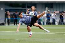ENTRENAMIENTO OPEN MEDIA DAY REAL MADRID_HE21466Thumb