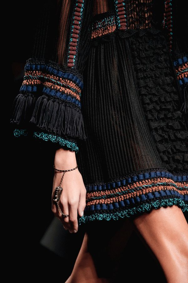 valentino-spring-2016-ready-to-wear-3