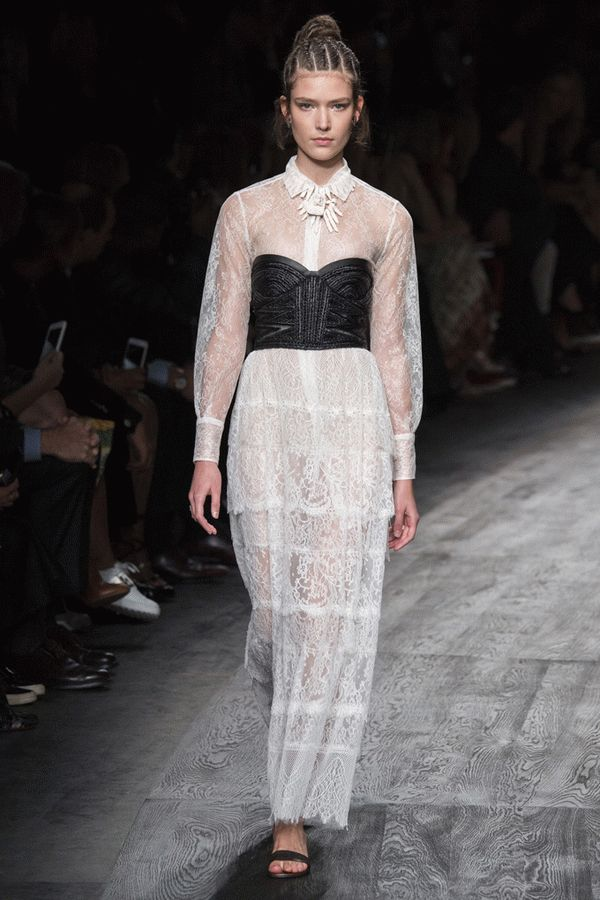 valentino-spring-2016-ready-to-wear-48