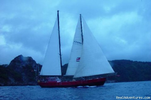 Antares under sail Isla Cocos Costa Rica - No footprint beaches and pink sunsets