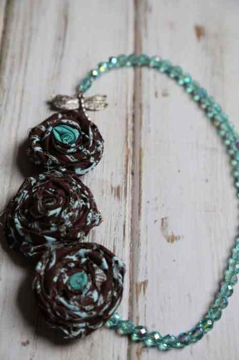 necklace brown final