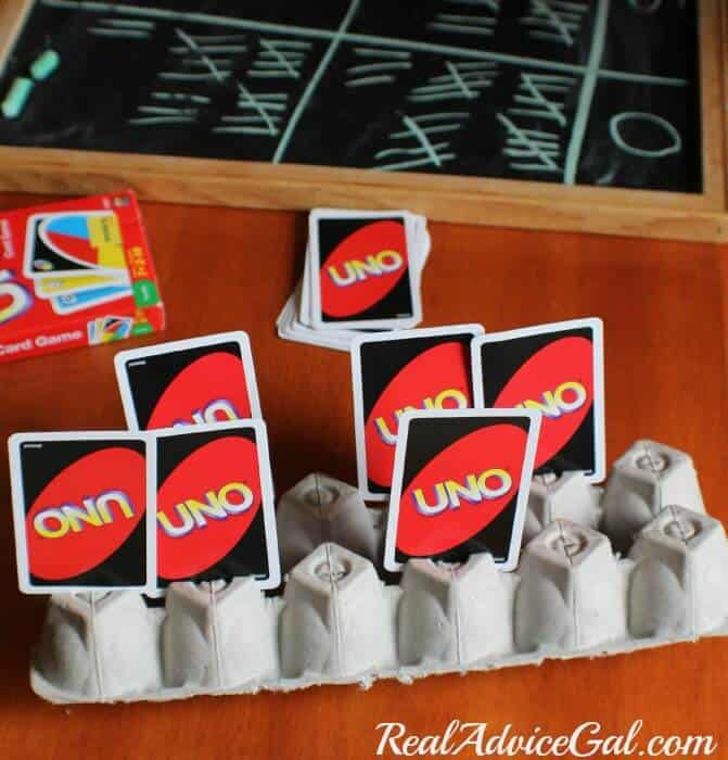 Use an egg carton for holding cards