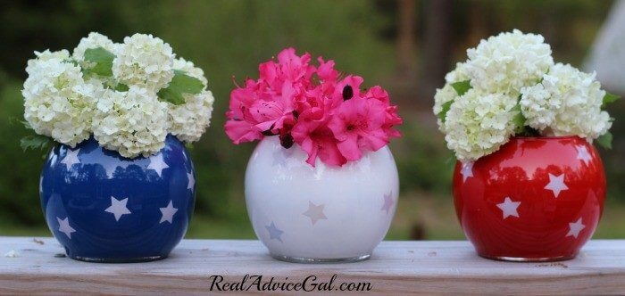 4th of July table decorations with flowers