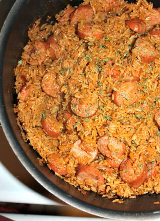 A super easy to make One Pot Jambalaya With Turkey Sausage Recipe. Delicious and flavorful with creole seasoning, paprika, chicken broth, crushed tomatoes and more.