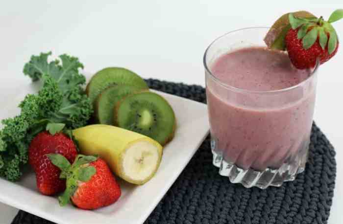 With a serving a both fruit and vegetables tis smoothie is a great way to sneak in some extra veggies