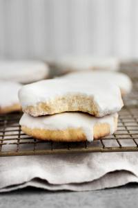 low-carb-glazed-sugar-cookies