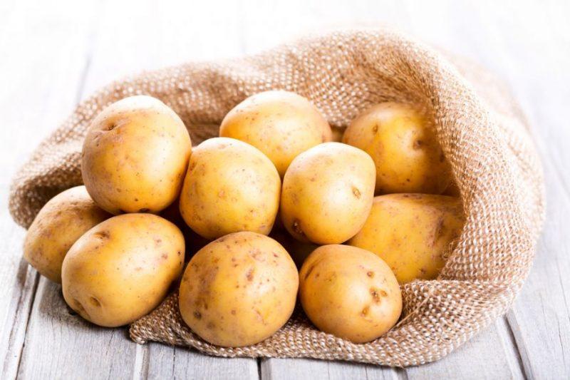 Cei mai geniali cartofi la cuptor! Rețeta care te poate salva în orice situație. Îi poți găti și la o sărbătoare și la un simplu prânz în familie