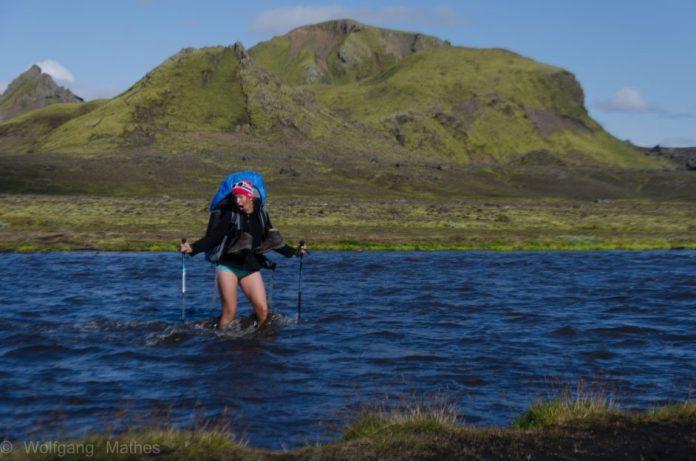 Vybavení na Island: brození řeky