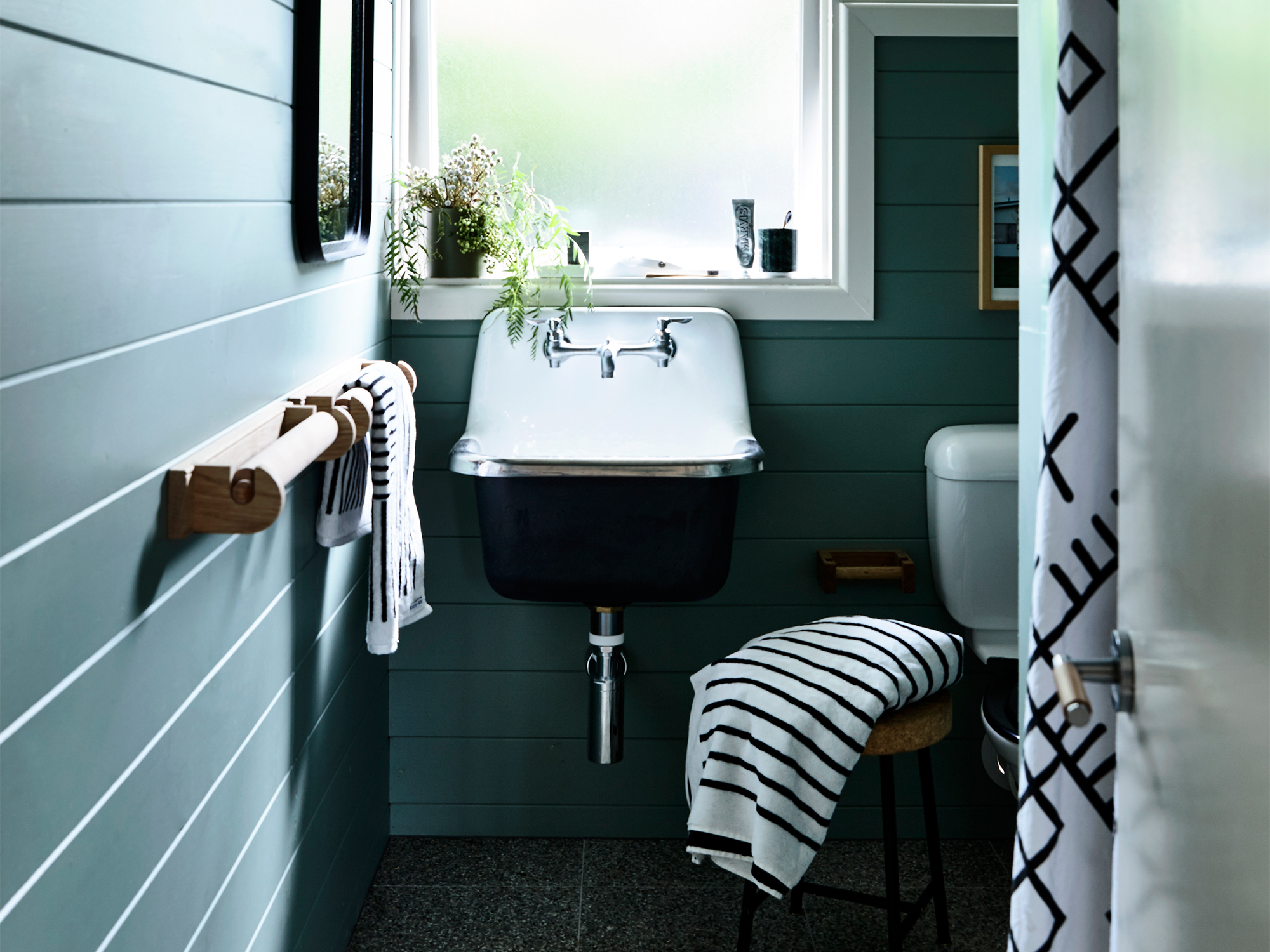 Bathroom Paints How To Repaint A Bathroom Ceiling Like A Pro Realestate Au