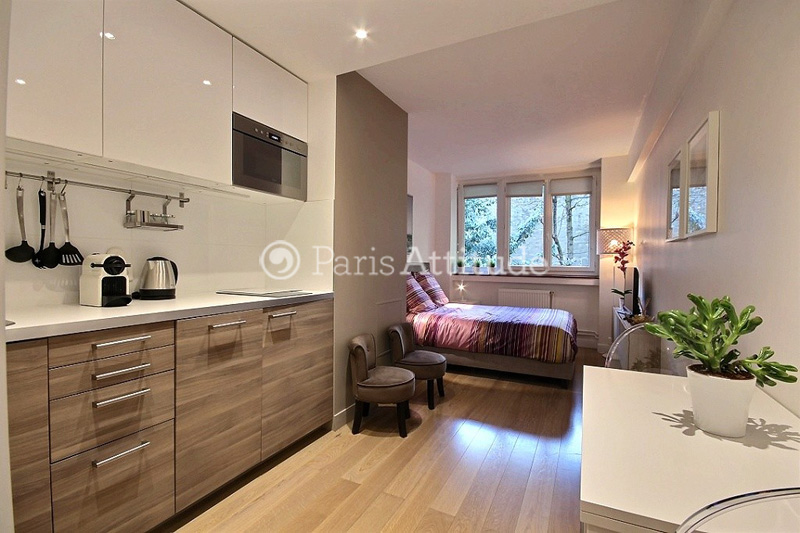 Apartment. Beautiful And Comfortable 20 Square Meters