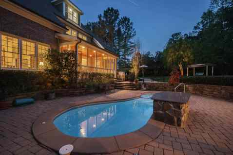 MoreRealEstate-2116Duskywing_049_Pool Night