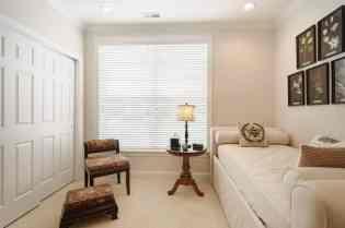 027_10410 Sablewood by MORE Real Estate Group Bedroom