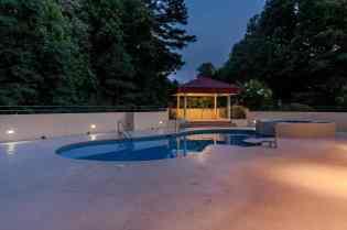 041_Pool Night