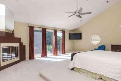 MoreRealEstate-6632_Greywalls_Lane_028_Master Bedroom