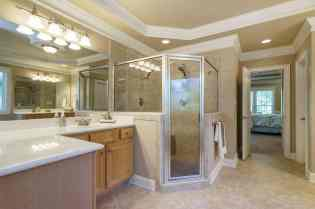021 - 205 Settlecroft Presented by MORE Real Estate_Master Bathroom