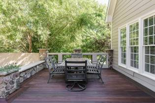 035 - 205 Settlecroft Presented by MORE Real Estate_Deck