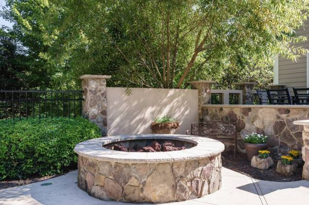 036 - 205 Settlecroft Presented by MORE Real Estate_Firepit