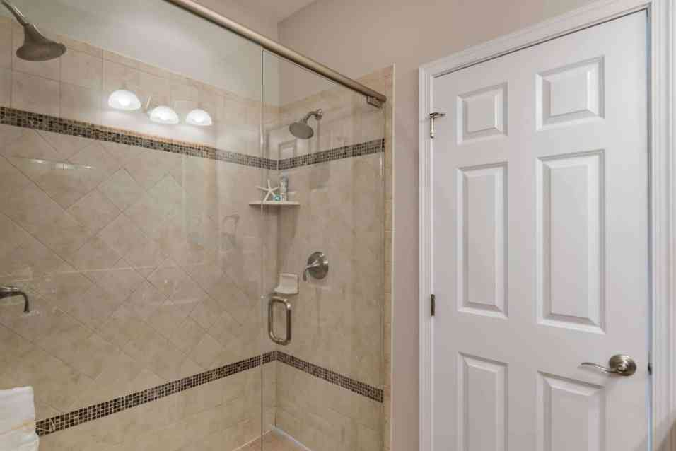 017_Master Bath_Cottages at Brier Creek presented by MORE Real Estate
