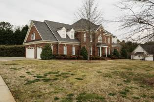 038_2708 Rolling Oaks Lane_ Presented by MORE Real Estate_Front