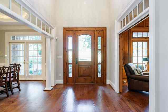 003_7109 Haymarket Lane Presented by MORE Real Estate_Foyer