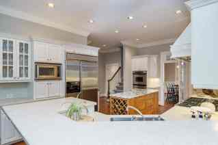 012_7109 Haymarket Lane Presented by MORE Real Estate_ Kitchen