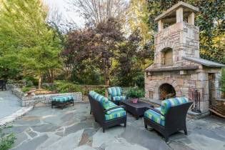 047_7109 Haymarket Lane Presented by MORE Real Estate_ Patio