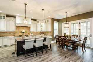 012_7301 Incline Drive Presented by MORE Real Estate_ Kitchen-Breakfast