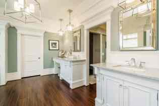 016_417 North Harrison Place Lane_ Master Bathroom