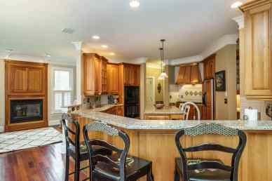 014_7205 Mira Mar Place Presented by MORE Real Estate_Kitchen