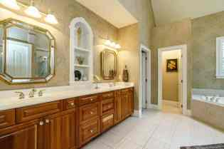 023_7205 Mira Mar Place Presented by MORE Real Estate_ Master Bathroom