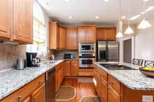 012_1708 Wescott Drive Presented by MORE Real Estate_Kitchen