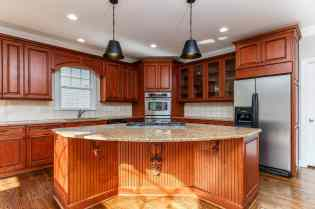 012_12516 Angel Falls Road Presented by MORE Real Estate_Kitchen