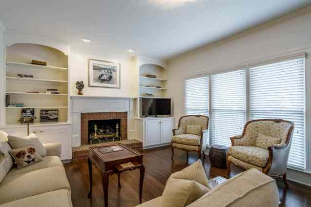 021 Stonehenge Beaut on Riddle Place presented by MORE Real Estate Group_ Family Room