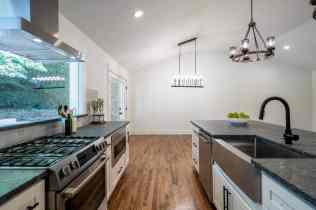 018_North Hills Renovations presented by MORE Real Estate Group_1408 Kimberly Drive_Kitchen