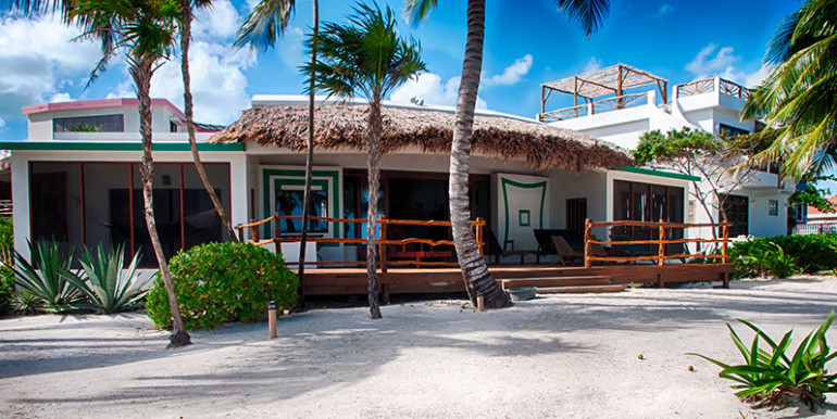 belize-luxury-beachfront-villa-for-sale-770x386
