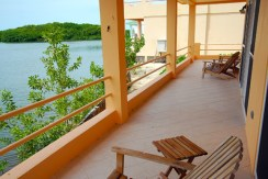 belize-waterfront-villa-view-770x386