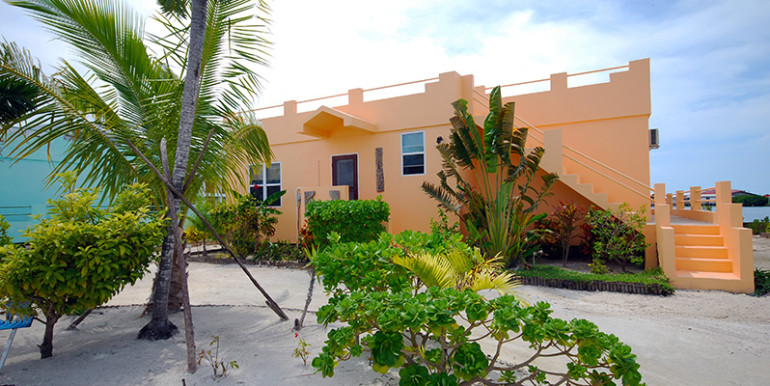 belize-waterfront-villa2-770x386