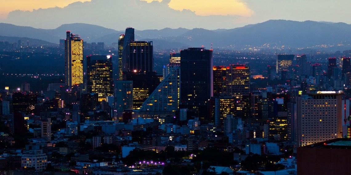 De qué vive la Ciudad de México?