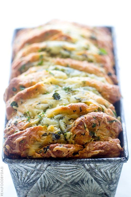 Easy Cheese And Roasted Garlic Pull Apart Bread With Real Food By Dad