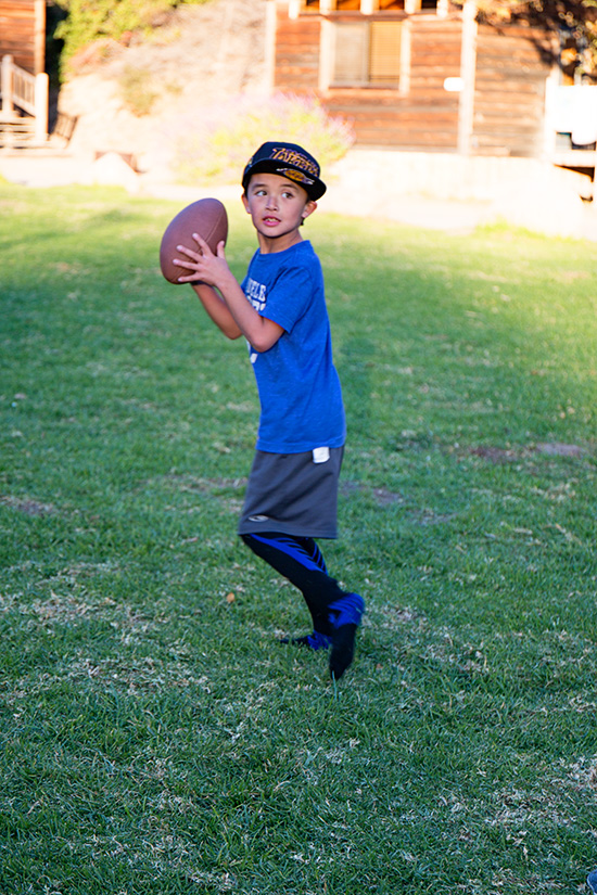 CG4A0637 Cole Throwing football