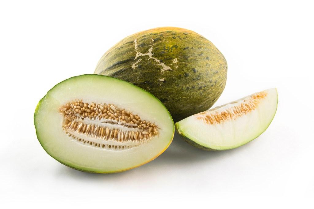 santa claus melon, melon, variety melons, healthy options, fresh fruit